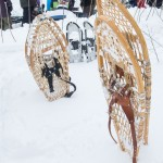 Snowshoes and sticks for cooking bannock (photo by B. Robin)